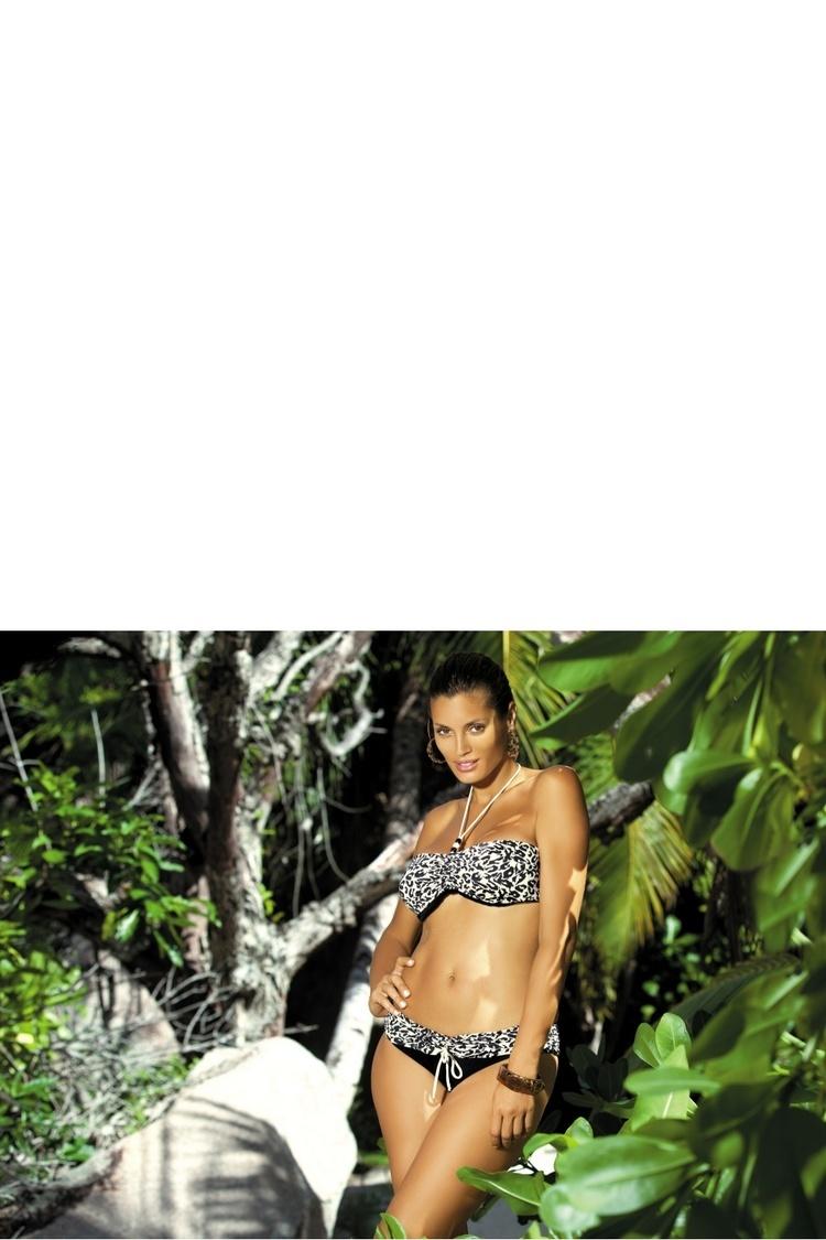Kostium dwuczęściowy Kostium Kąpielowy Model Shakira P M-165 White/Black - Marko
