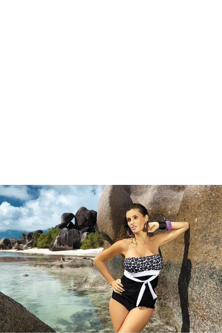 Jednoczęściowy strój kąpielowy Kostium Kąpielowy Julie M-182Black - Marko