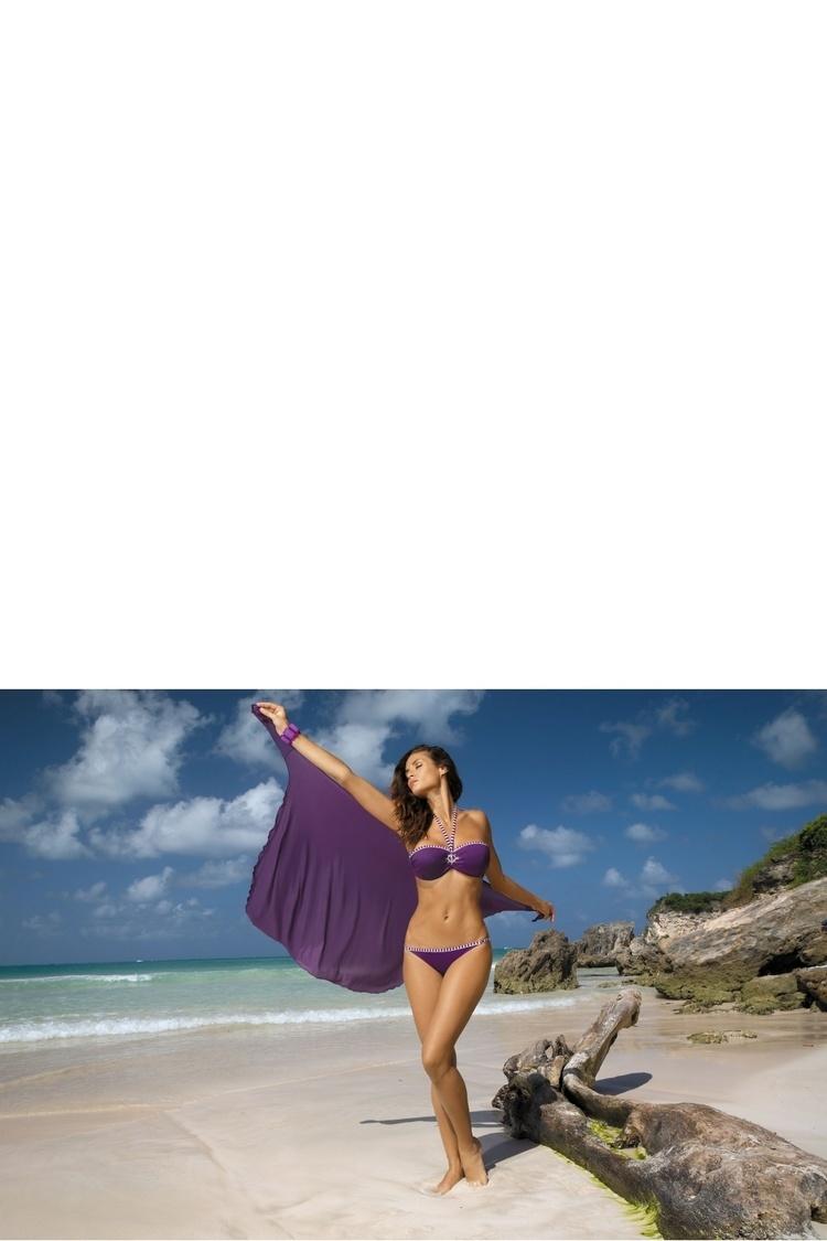 Sukienka Plażow Pareo Model D Susperia (8) Dark Violet - Marko