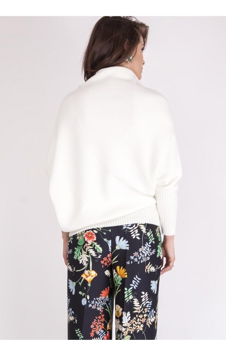 Sweter SWE125 Ecru - MKM