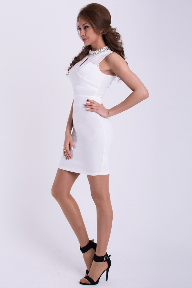 Sukienka Model 17058 White - YourNewStyle