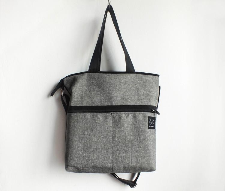 Szara torba na ramię listonoszka