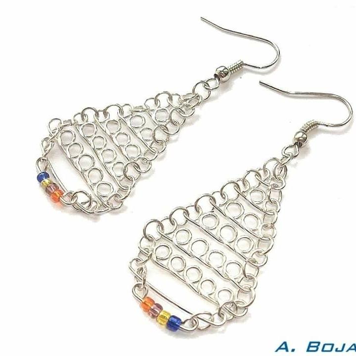 kolczyki chains