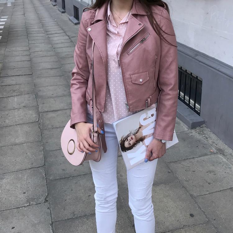 Różowa ramoneska