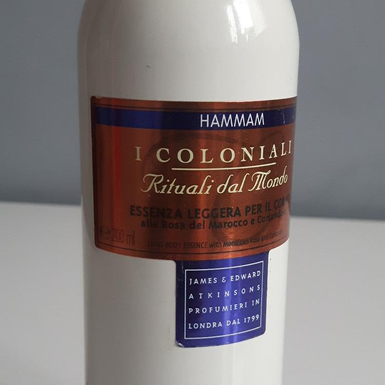 Mgielka perfumowana, I Coloniali, Douglas