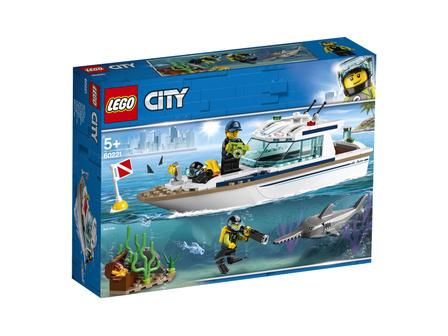 LEGO City 60221 Jacht